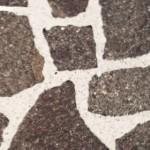 Pulizia con metodi naturali dei pavimenti in pietra