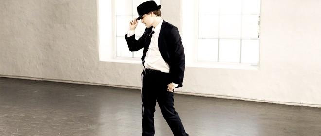 Un pavimento lucidato per ballare come JustSomeMotion
